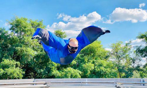 Adrenalin-Gutschein-Bodyflying-Flieger-im-Windtunnel-der-Air-Power-Arena-in-Hückelhoven