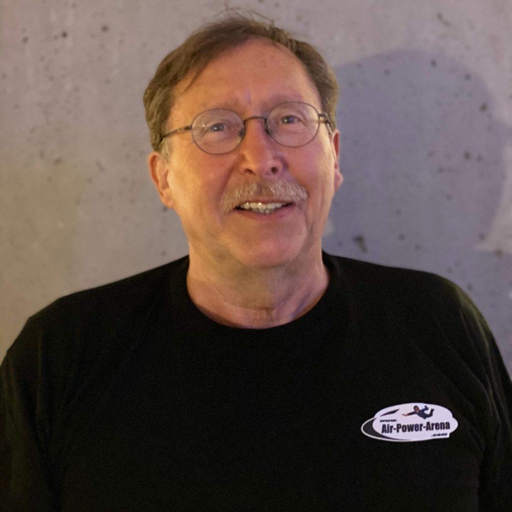 Eigentümer-und-Body-flying-experte-Lorenz-Schäfer-air-power-arena-hückelhoven