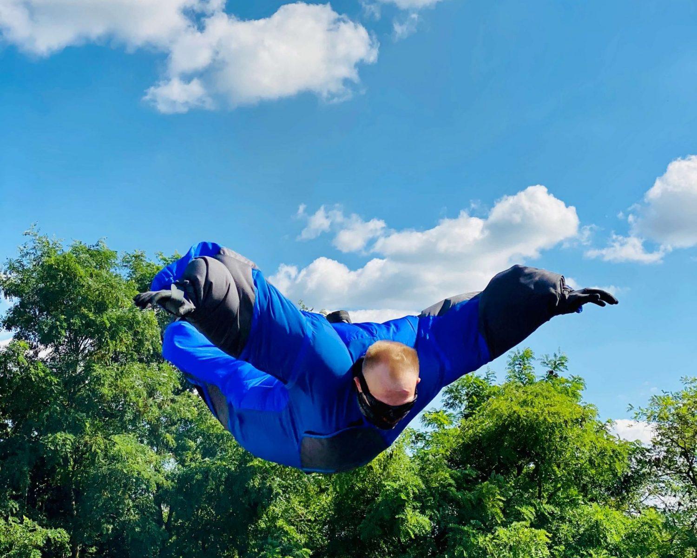 Für-Kinder-Familien-Geburtstagskinder-Bodyflying-erleben-air-power-arena